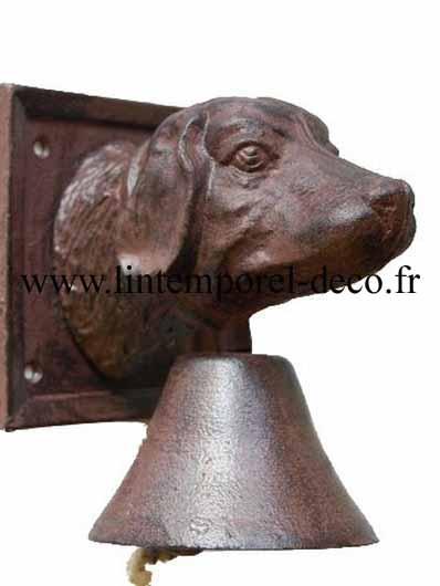 Cloche de porte en fonte chien